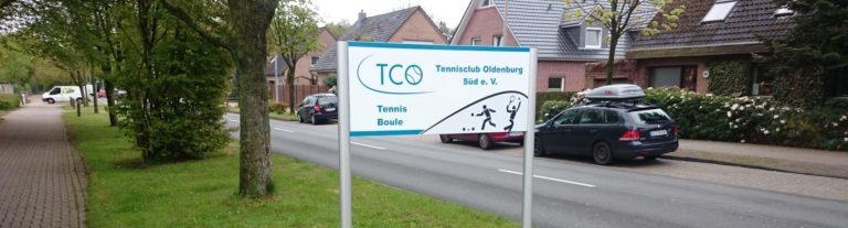 Einfahrt zur Geschäftsstelle des TCO, hier als Gäste spielen